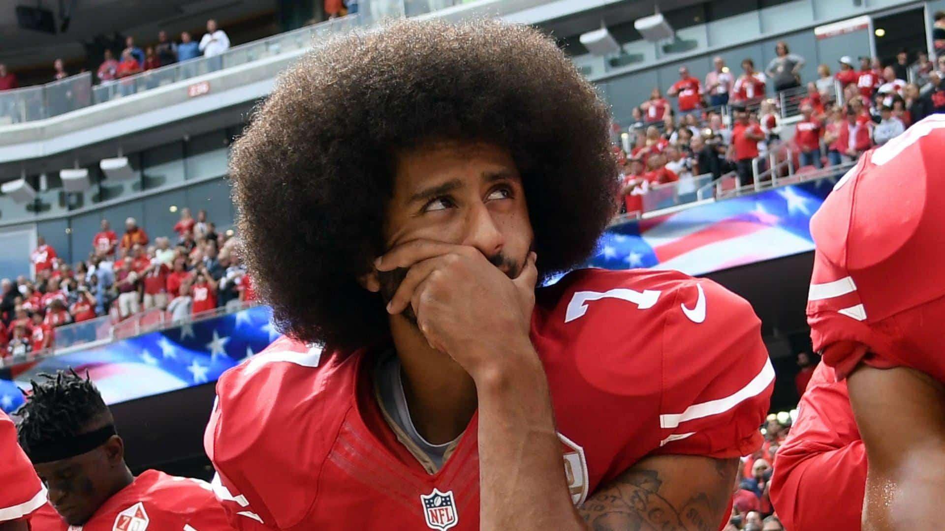 Cronología de arrodillamiento de Colin Kaepernick: Cómo las protestas durante el himno nacional comenzaron un movimiento en la NFL