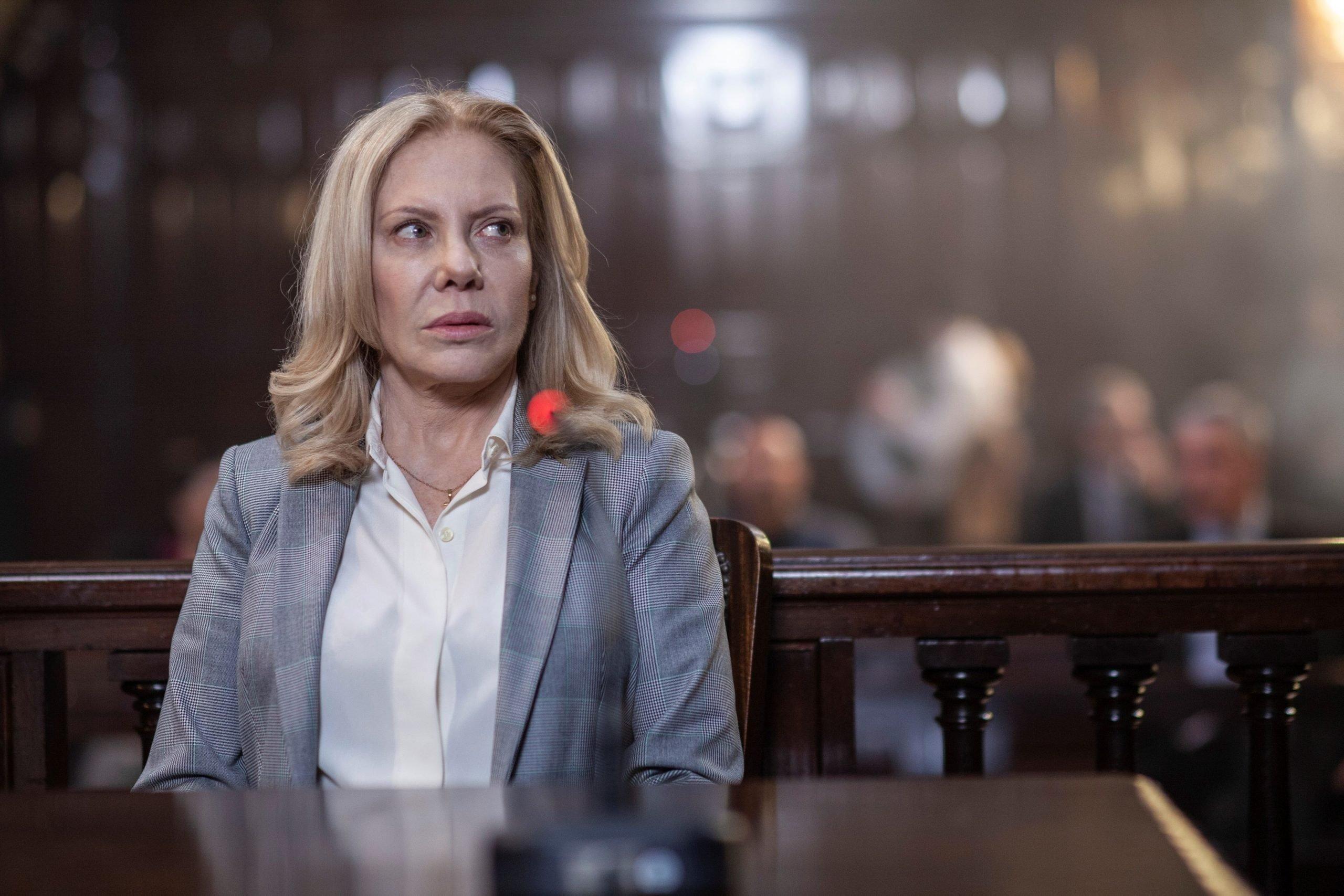 """'Crímenes de familia', una """"historia de tres madres"""" plagada de enigmas"""