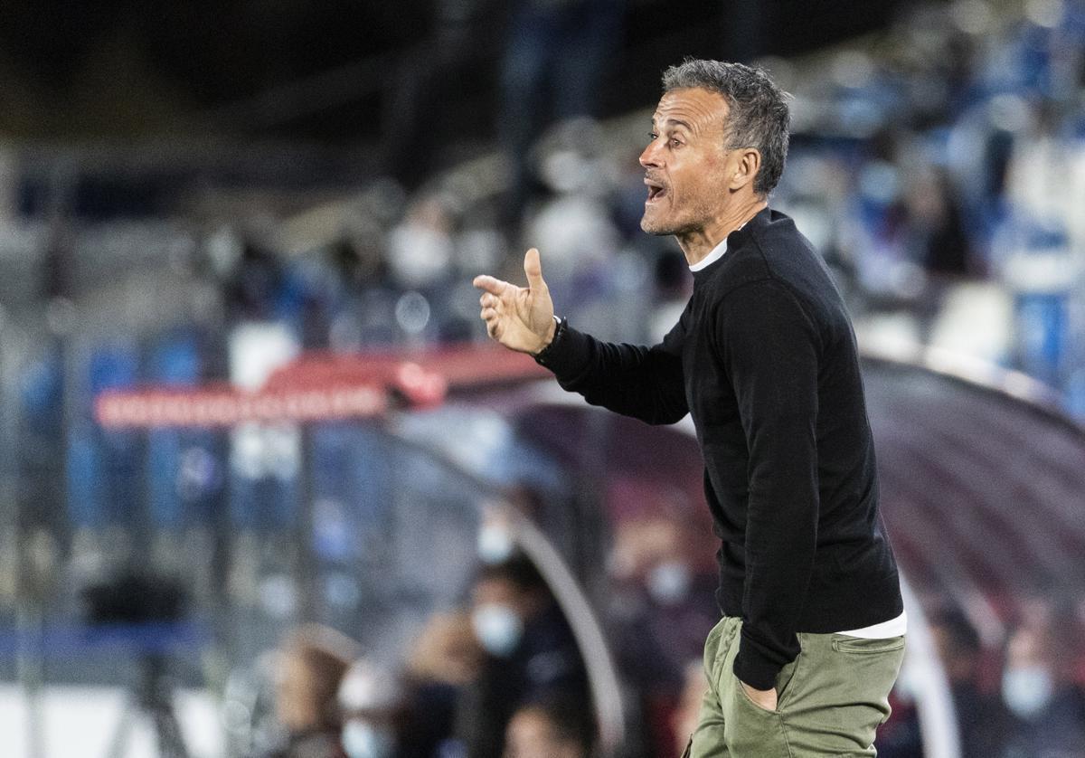 Doble lesion en Espana Luis Enrique pierde a dos jugadores
