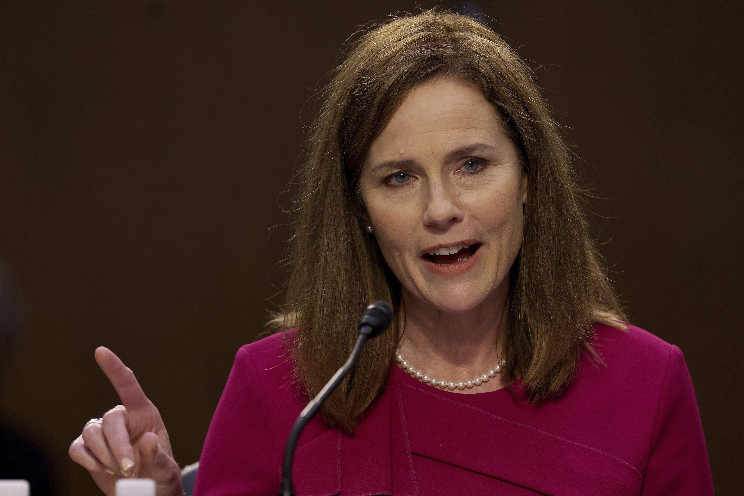 Jueza Barrett reafirma sus posiciones ante el Senado de EEUU scaled