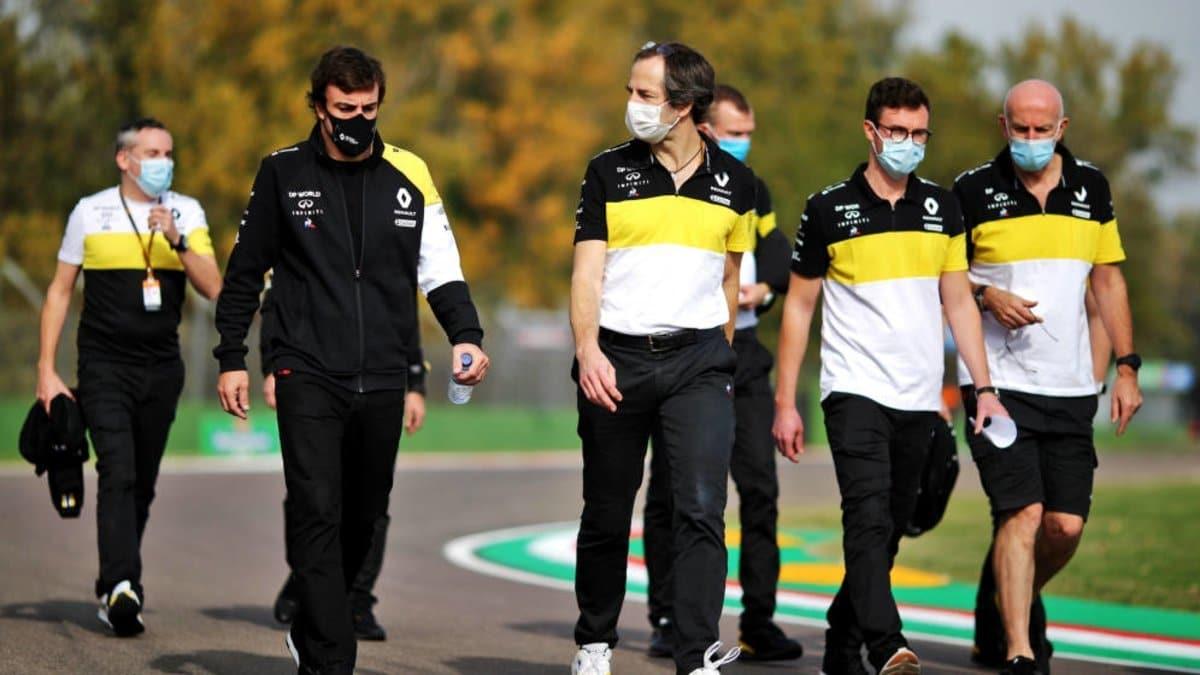 McLaren aprieta el test de Alonso con Renault en Abu