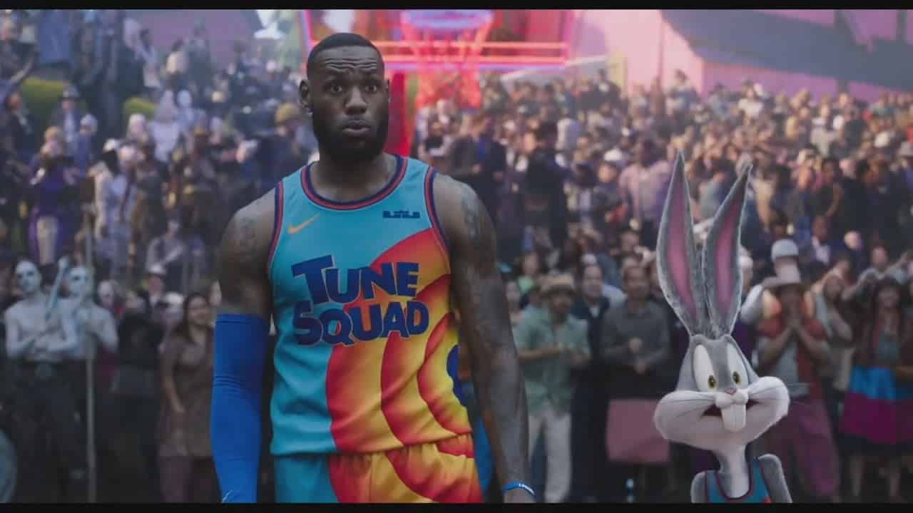 Contrato de Space Jam 2 de LeBron James