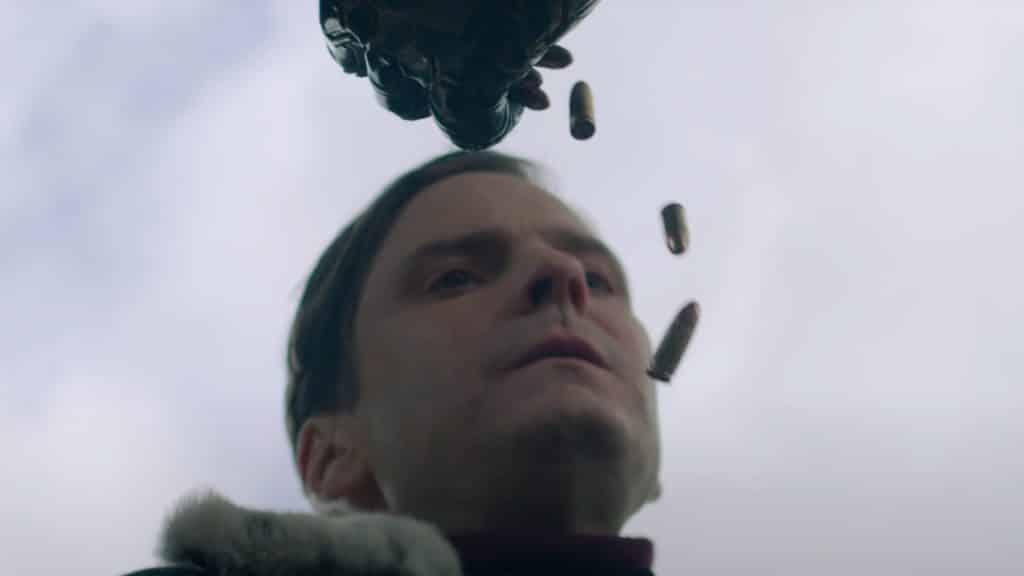 winter soldiers falcon and the leak of goods muestra el nuevo aspecto del baron zemo