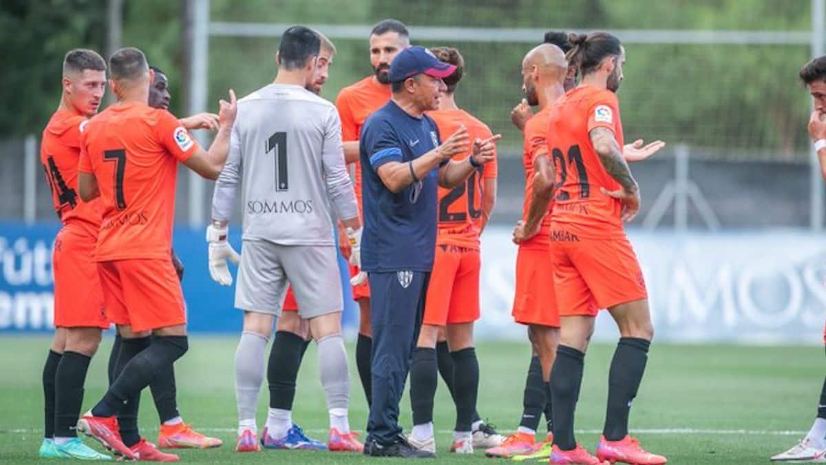 Nacho Ambriz logra su primera victoria con el Huesca
