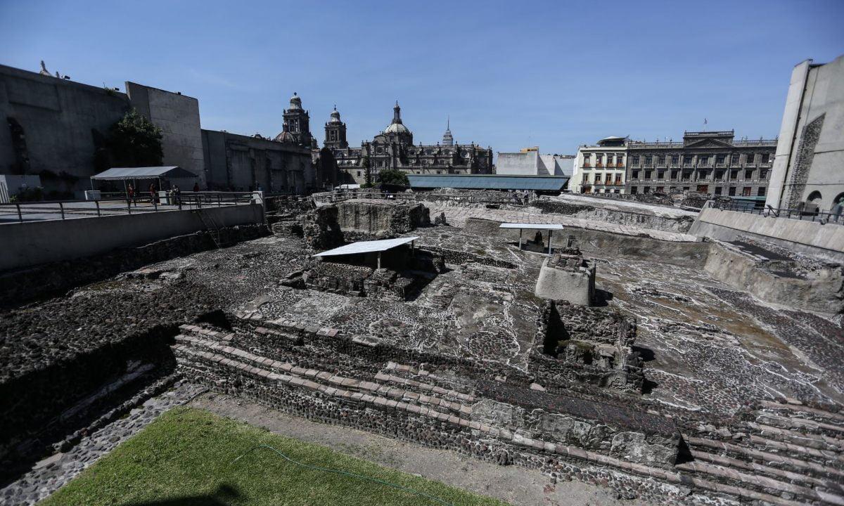 maqueta monumental templo mayor resistencia indigena mexico tenochtitlan