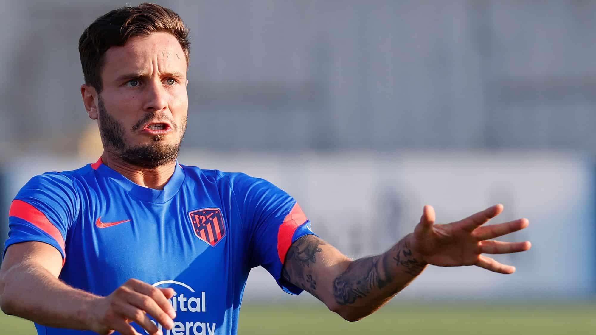 Rio Ferdinand le pide al United que fiche a Saul