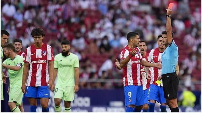 Atltico de Madrid Dos partidos de sancin a Joao