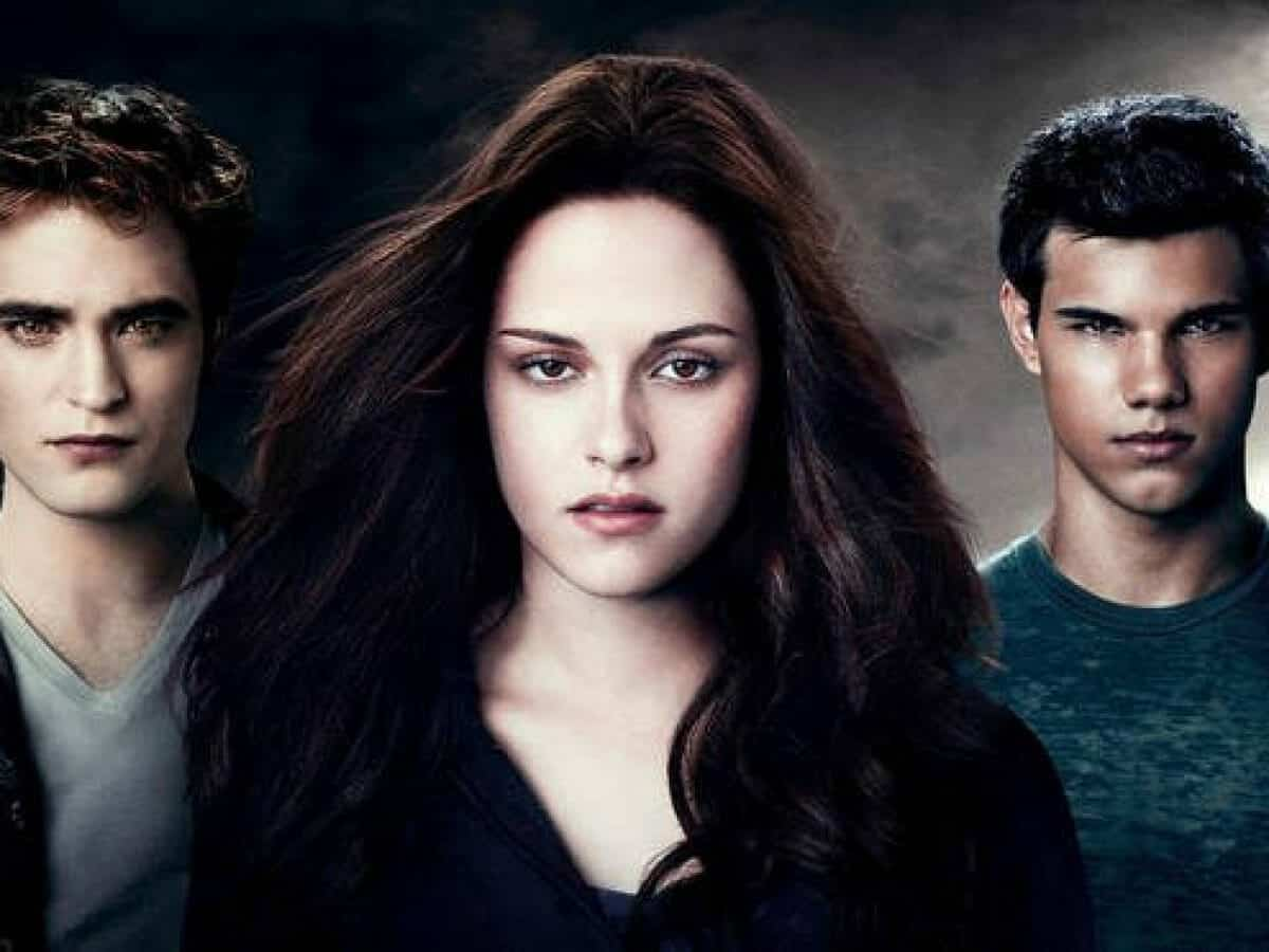 HOW LONG IS BELLA PREGNENT IN TWILIGHT 1200x900 1