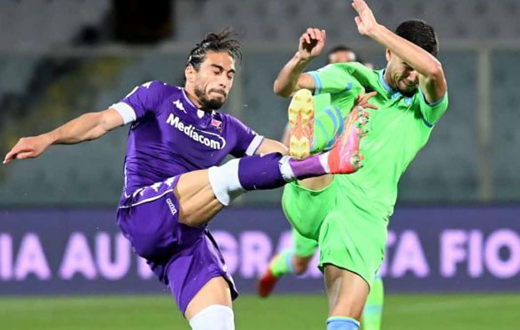 Martin Caceres nuevo jugador del Cagliari